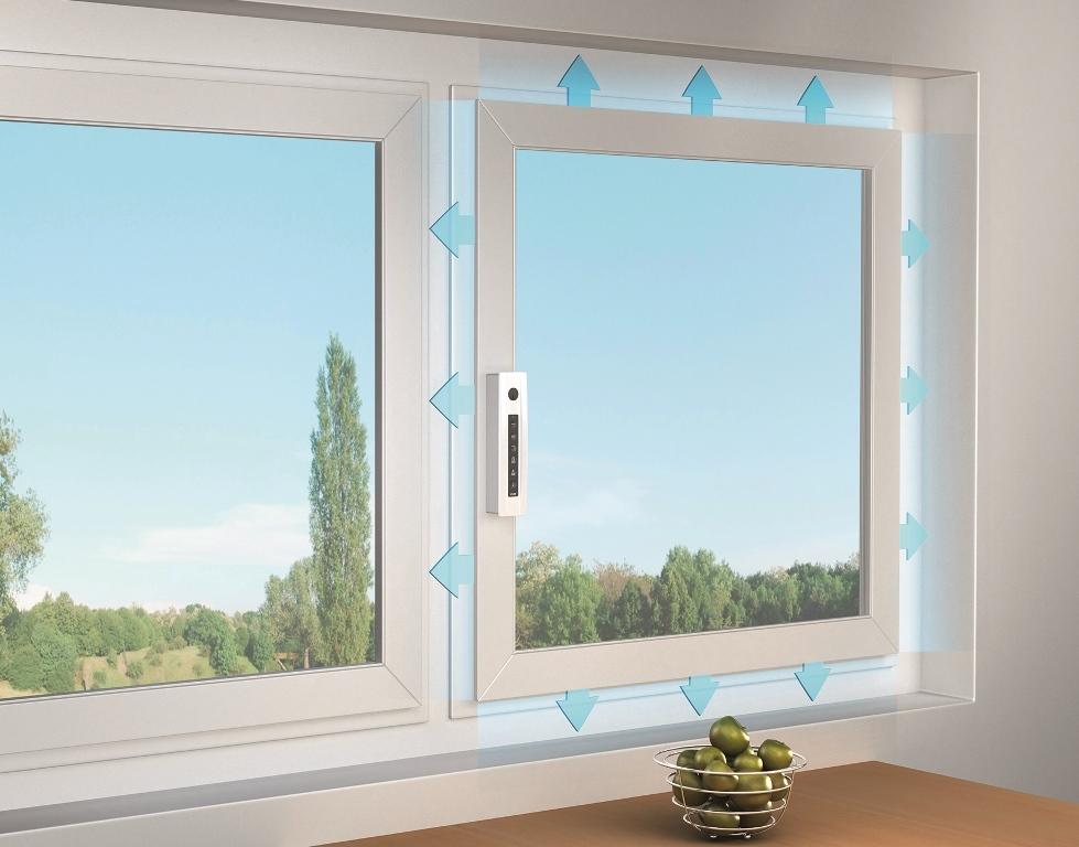 Mikrowentylacja okna znapędem BDT