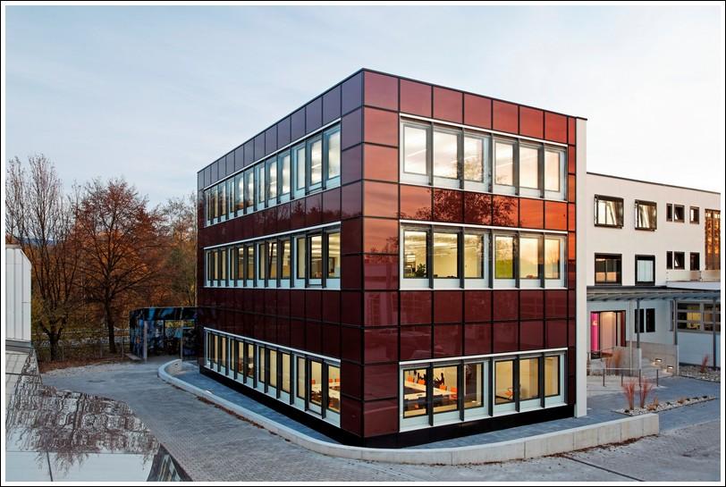 Fasada Budynku Laboratorium Instytutu Ift Rosenheim Z Ogniwami