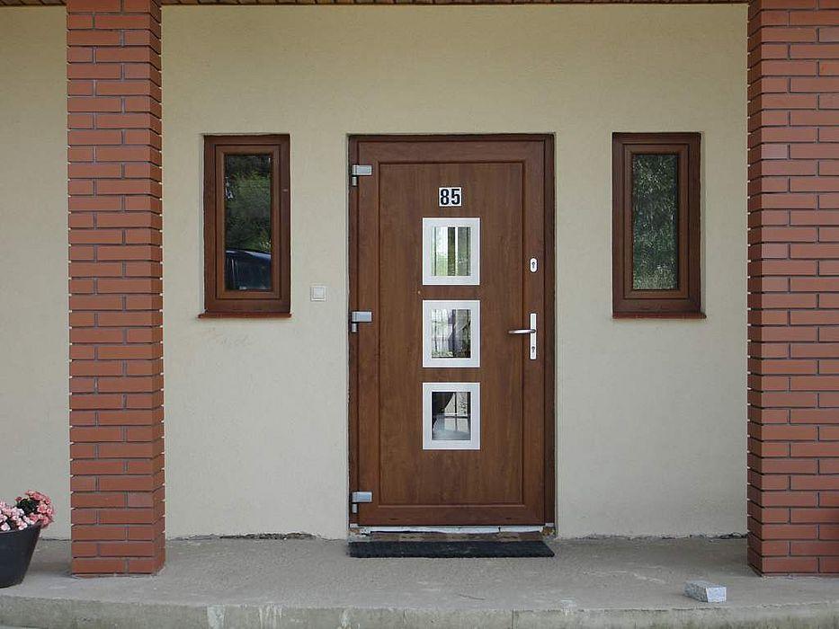 Drzwi wejściowe z pcv